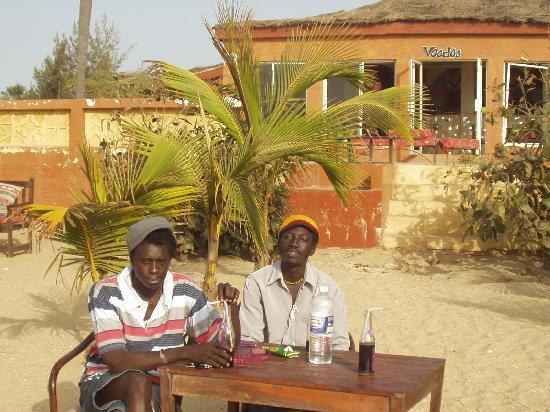 Gambia: Friends at voodoo beach bar