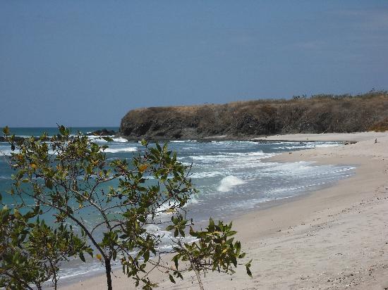Hotel El Castillo Divertido: playa blanca