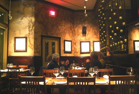Eastside Bistro : Dining room