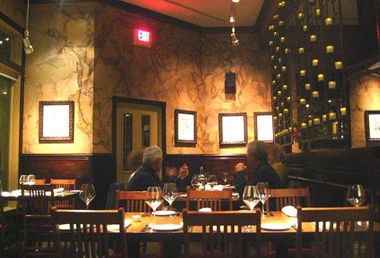 Eastside Bistro: Dining room