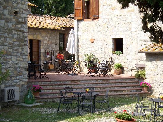 PoggioBrandani : Tasting area at PoggioAntinora