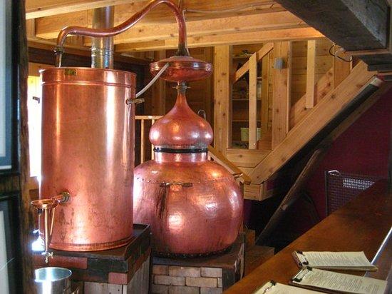 Montanya Distillers : Vintage distilling equipment