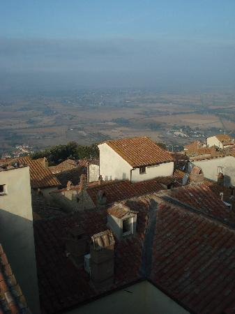 Hotel Italia Cortona : Another View from Breakfast Room