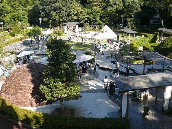 Yugawara-machi, Nhật Bản: お気に入りの足湯を見つけてみては?