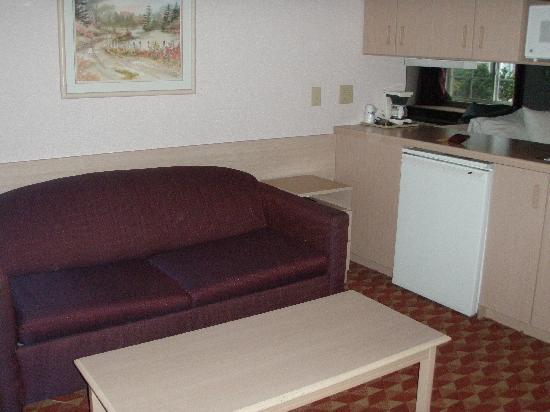 Quality Inn & Suites Maggie Valley - Cherokee Area: Rm111 Seating area
