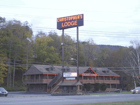 Oneonta, Nova York: Christopher's Lodge