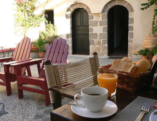 Zacosta Villa Hotel: Breakfast