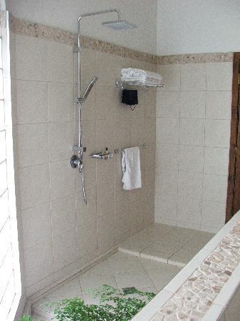 Sinalei Reef Resort & Spa: Bathroom