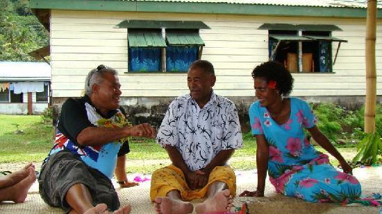 Ovalau Island, Figi: Talanoa