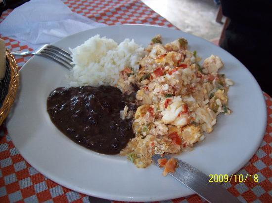 Beachfront La Palapa Hotel Adult Oriented: Eggs & Lobster for breakfast, the best