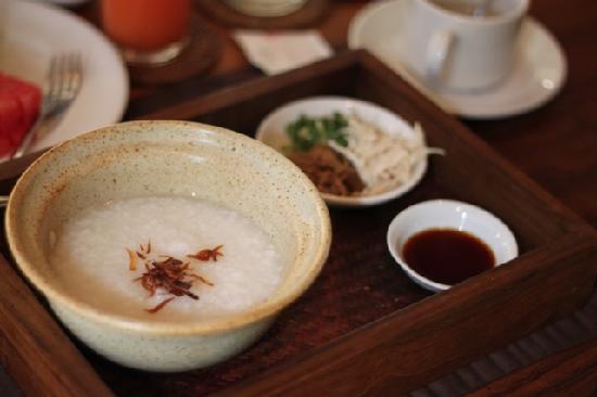 Komaneka at Tanggayuda: Indonesian breakfast - favorite