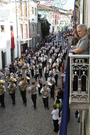 Casa do Pinheiro: fair procession