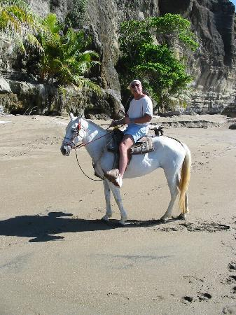 Tambor, Costa Rica: horsebackriding on the beach at Tango Mar