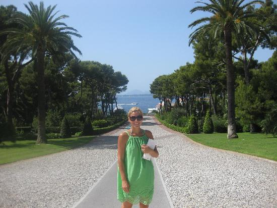 Hotel du Cap Eden-Roc: Beautiful Grouds