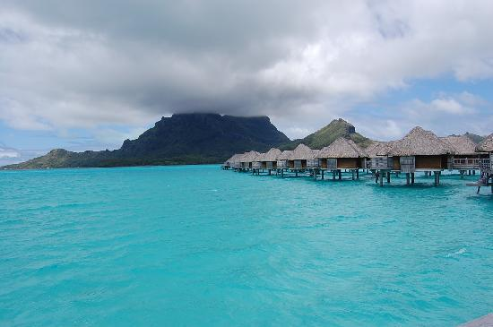 Four Seasons Resort Bora-Bora : Lagoon at Four Seasons