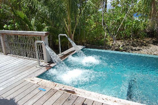 Four Seasons Resort Bora-Bora : Spa jacuzzi