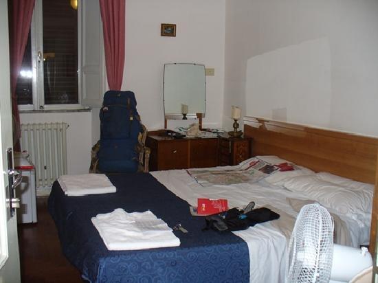 Bavaria Hostel B&B: Double bedroom