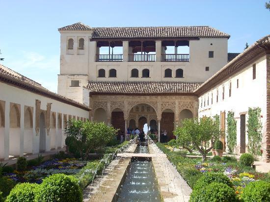 Foto de la alhambra granada patio alhambra tripadvisor - Patios de granada ...