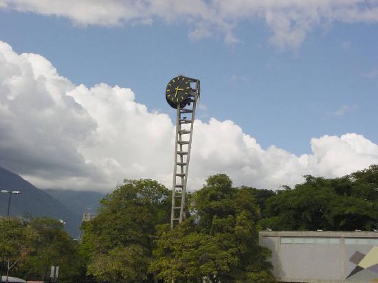 Universitätsstadt von Caracas (Ciudad Universitaria de Caracas): Plaza del reloj