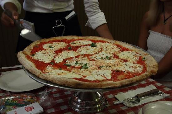 Brooklyn Tours Pizza
