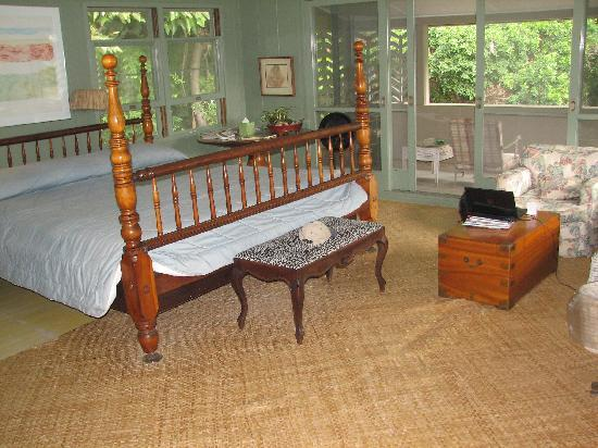 Diamond Head Bed And Breakfast: Princess Ruth's Suite