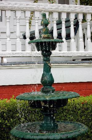 Gables: Fountain