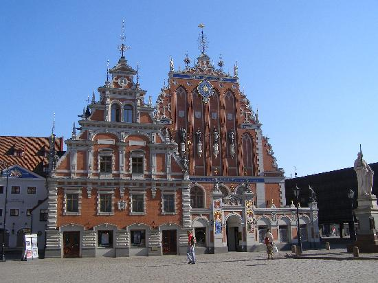Old City Riga (Vecriga): The House of Blackheads