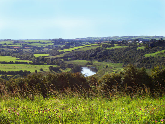 Donore, Irlanda: River Boyne from Knowth