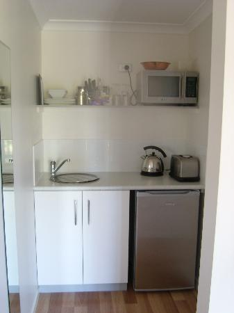 Studio 58 Byron Bay: Kitchenette Area
