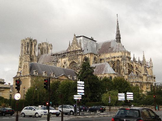 Mercure Reims Parc des Expositions: Cathédrale de Reims