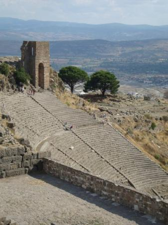 Pergamon Theatre : The Roman theater