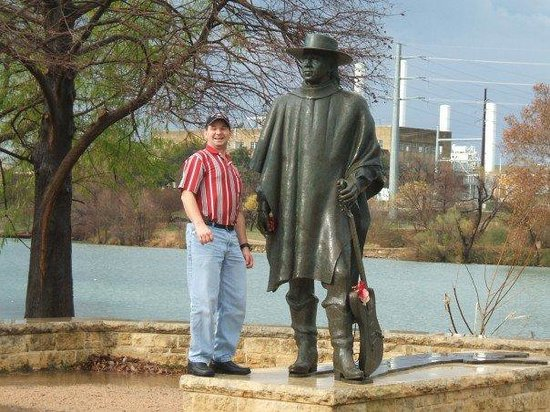 Stevie Ray Vaughan Statue: Daddy & Stevie Ray Vaughn