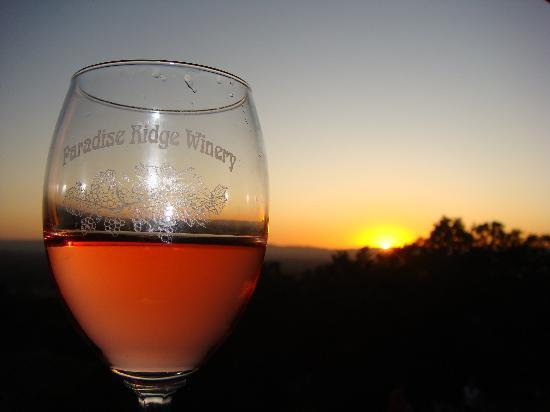 Paradise Ridge Winery: The sunset
