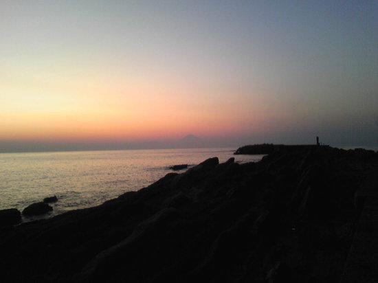 Miura, Japan: 海の向こうに富士山が!!