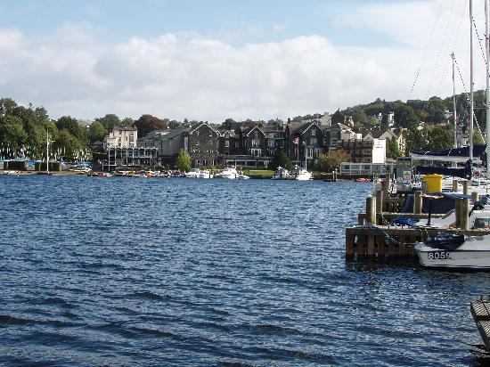 Bay Strathmore Hotel : LAKE WINDERMERE