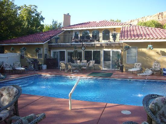 Desert Thistle: Terrasse+Pool