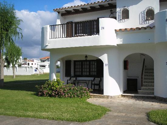 Apartments San Jaime: top apt with verandah