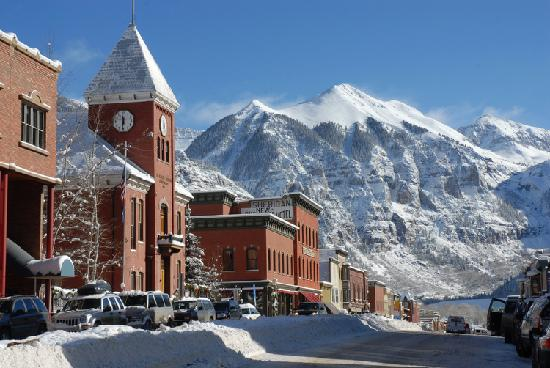 Hotels In Montrose Co Near Airport