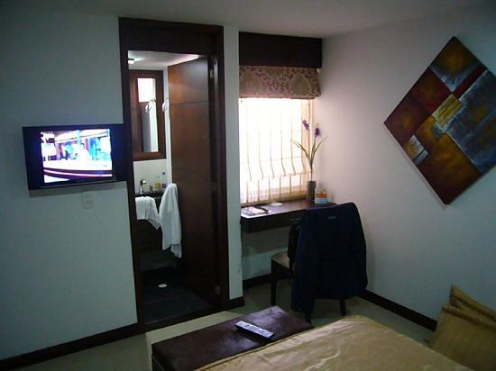 Hotel Suite Comfort: cuarto interno muy tranquilo