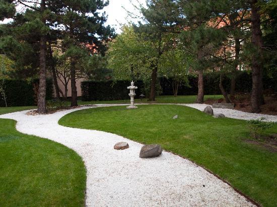 Hotel Okura Amsterdam : Japanese Garden at Okura