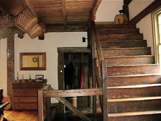 Grist Mill House: Staircase to Bedrooms