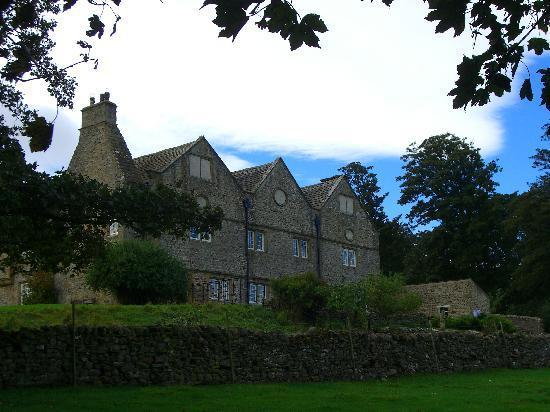 Braithwaite Hall - Front
