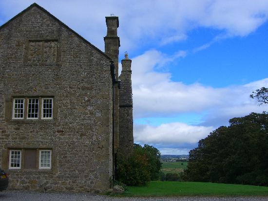 Braithwaite Hall - Side