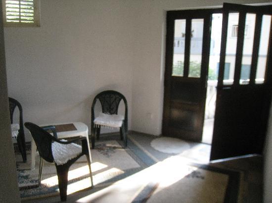 Pansion Aldi Mostar: Entrance