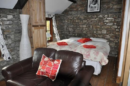 Tunnel Cottages: Bedroom