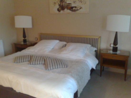 une chambre de reve photo de hostellerie la cheneaudiere relais chateaux colroy la roche. Black Bedroom Furniture Sets. Home Design Ideas
