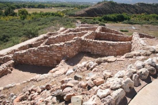 Tuzigoot National Monument, Arizona (Images of America Series)