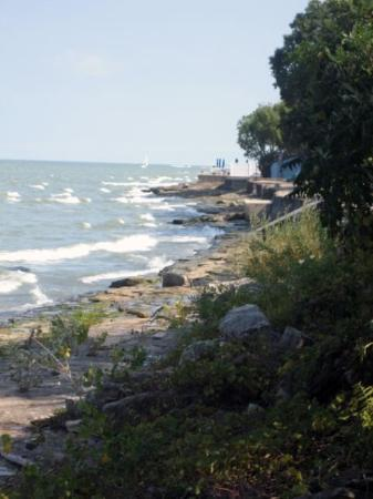 Kelleys Island, OH: Lake Erie coastline (Ohio)