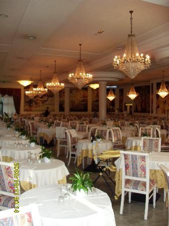 Hotel Terme Internazionale: ARREDAMENTI INCANTEVOLI