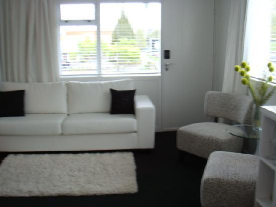Regent of Rotorua: Another view of the Living room